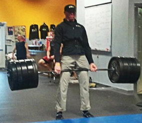 Derek Toshner, performing a deadlift at the TSC