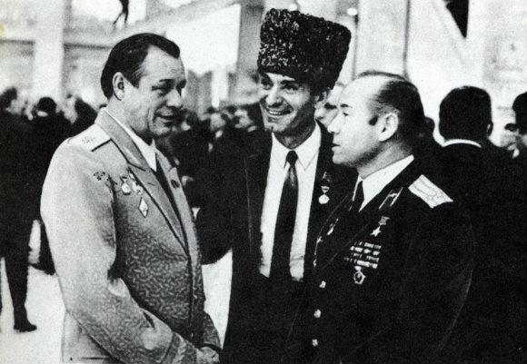 Mahmoud Esambayev Russian Chechen Dancer