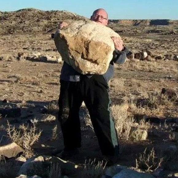 Bud Jeffries lifting a 400+lb stone.