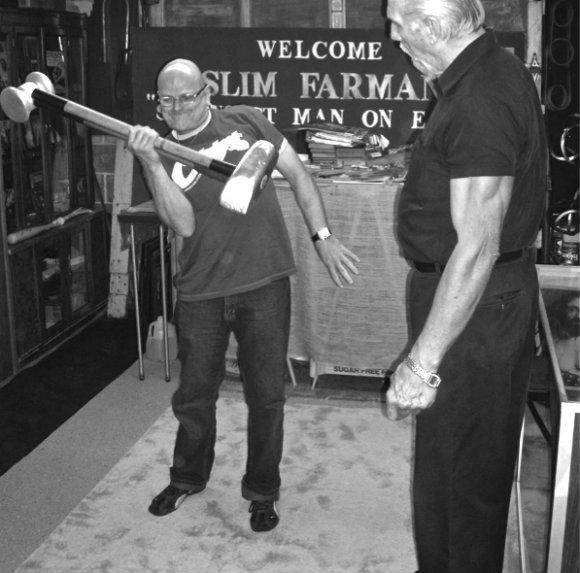 Strongman Dennis Rogers