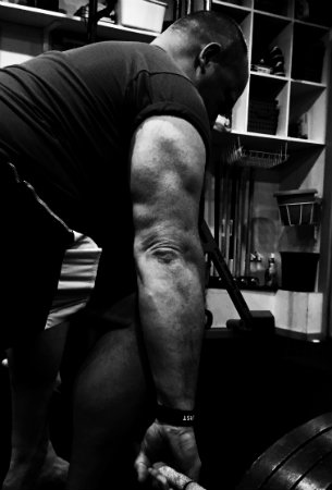 Triceps Brachii in the Deadlift
