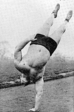Bert Assirati training calisthenics
