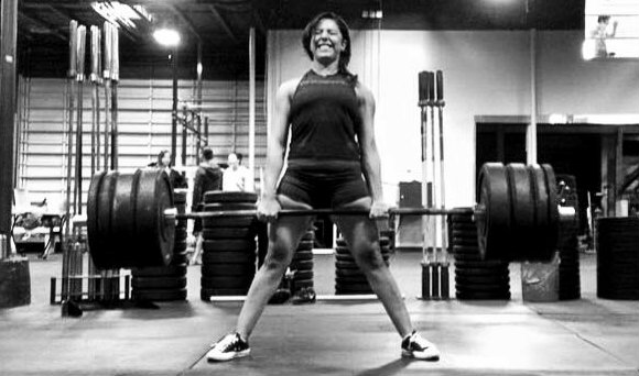 Laura Chamorro pulling 310 at The Phoenix Gym in Salt Lake City