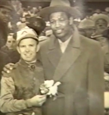 Bobby Summers after winning the Sugar Ray Robinson Handicap in New York with Sugar Ray, multiple World Champion and one of the greatest fighters of all time.