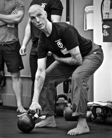 Steve teaching the set up for the one arm clean at a recent SFG Level I Certification.