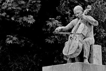 Pablo-Casals-Statue-Spain