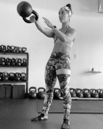 Artemis Scantalides one-arm kettlebell swing