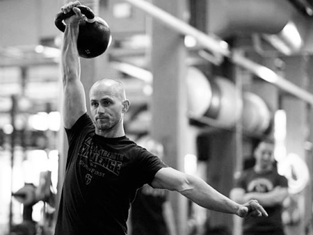 The kettlebell military press lockout