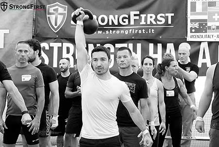 The lockout in the kettlebell military press
